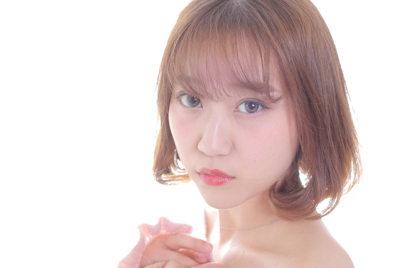 アンニュイほつれヘア 切りっぱなしボブ フェミニン 撮影 ヘアスタイルや髪型の写真・画像   Masayuki Seto / PROS:旭商店街店