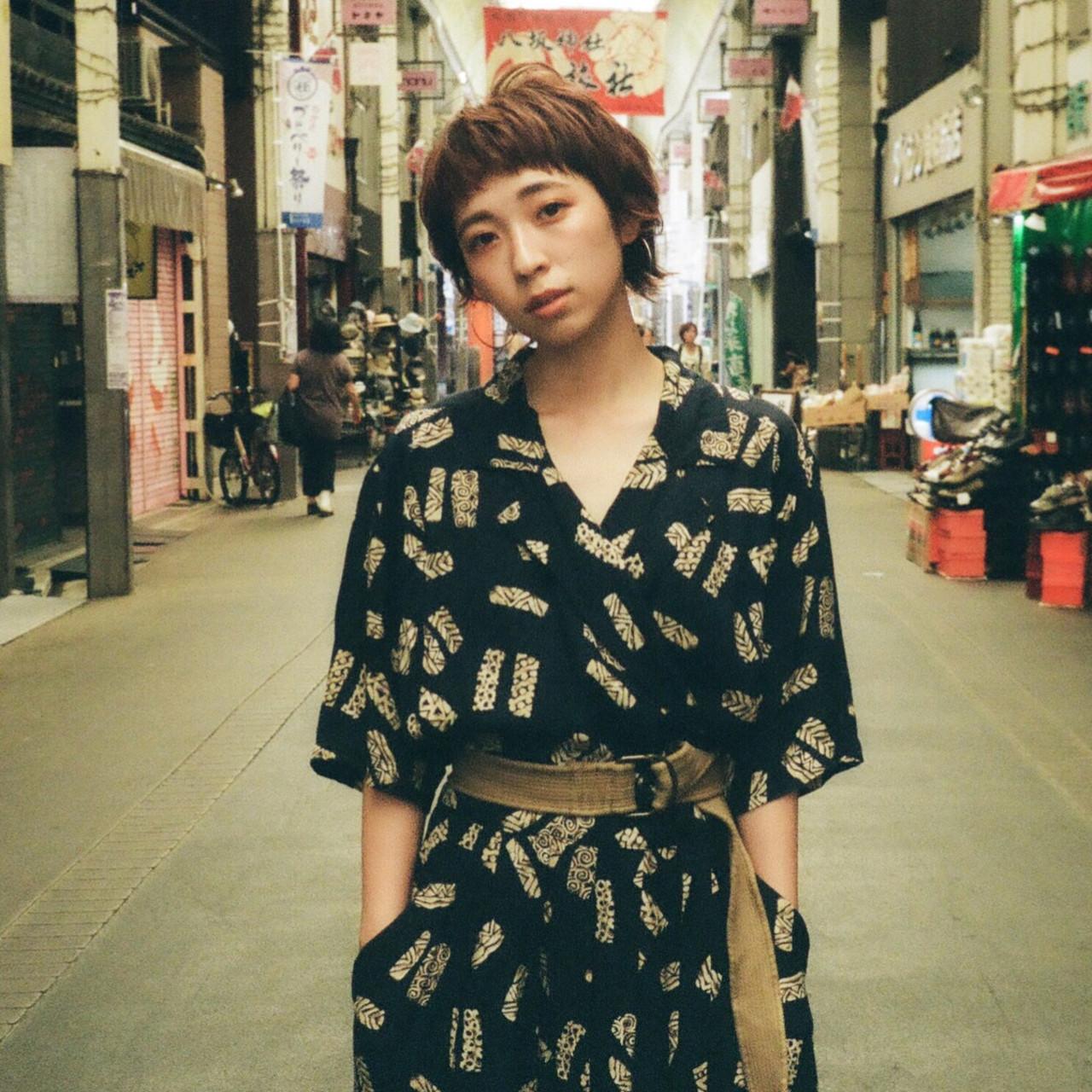 ショート オフィス アウトドア パーマ ヘアスタイルや髪型の写真・画像 | Emiko Nakanishi / MAULOA