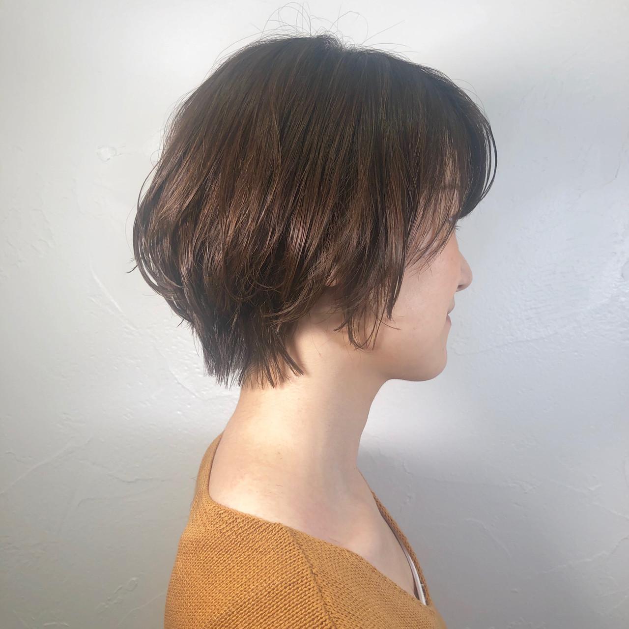 オフィス デート パーマ ショート ヘアスタイルや髪型の写真・画像 | ヨシオカナミ / WILLOW〜shrothair&shortbob〜