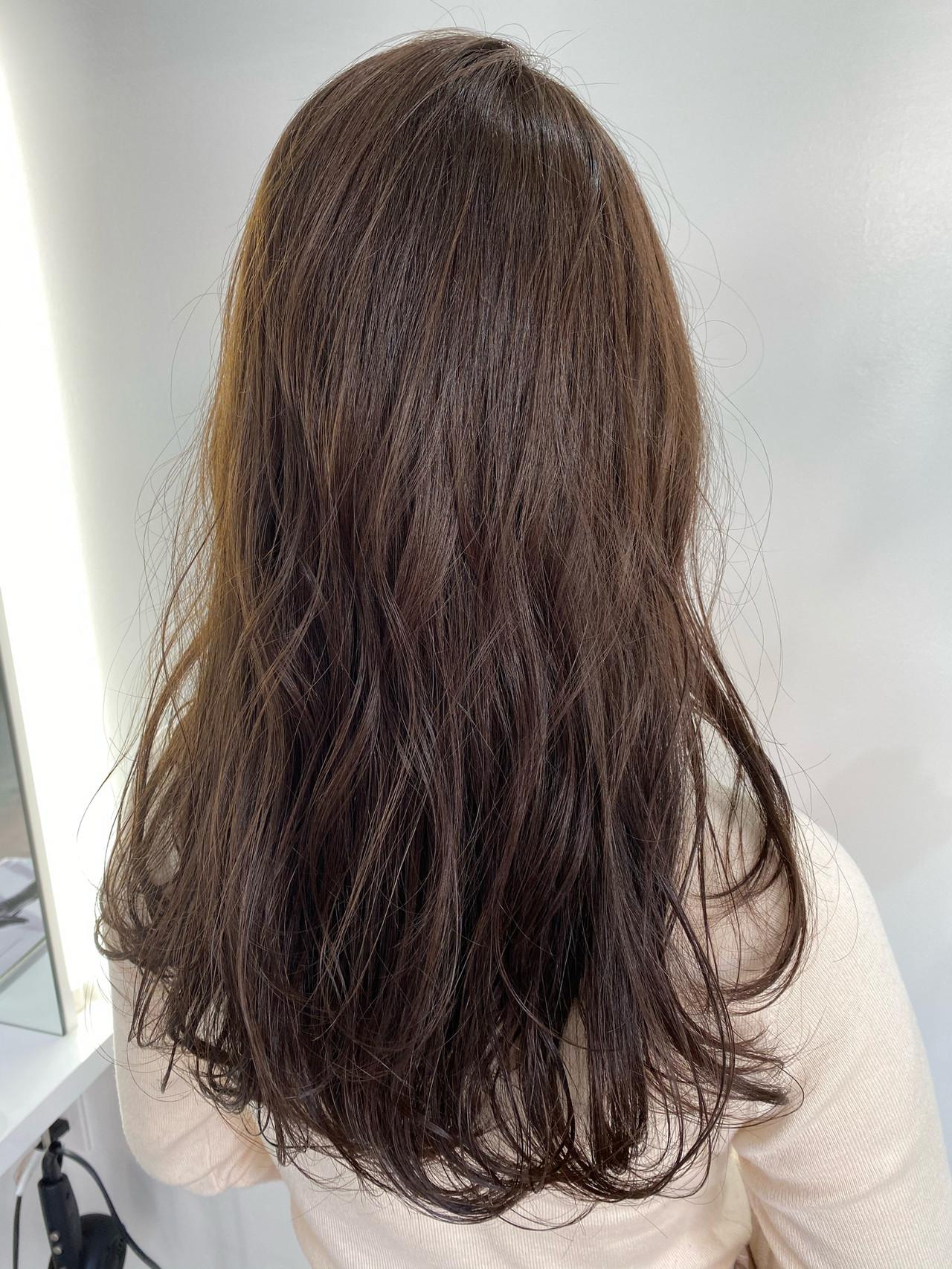 セミロング グレージュ アッシュグレージュ ブラウンベージュ ヘアスタイルや髪型の写真・画像