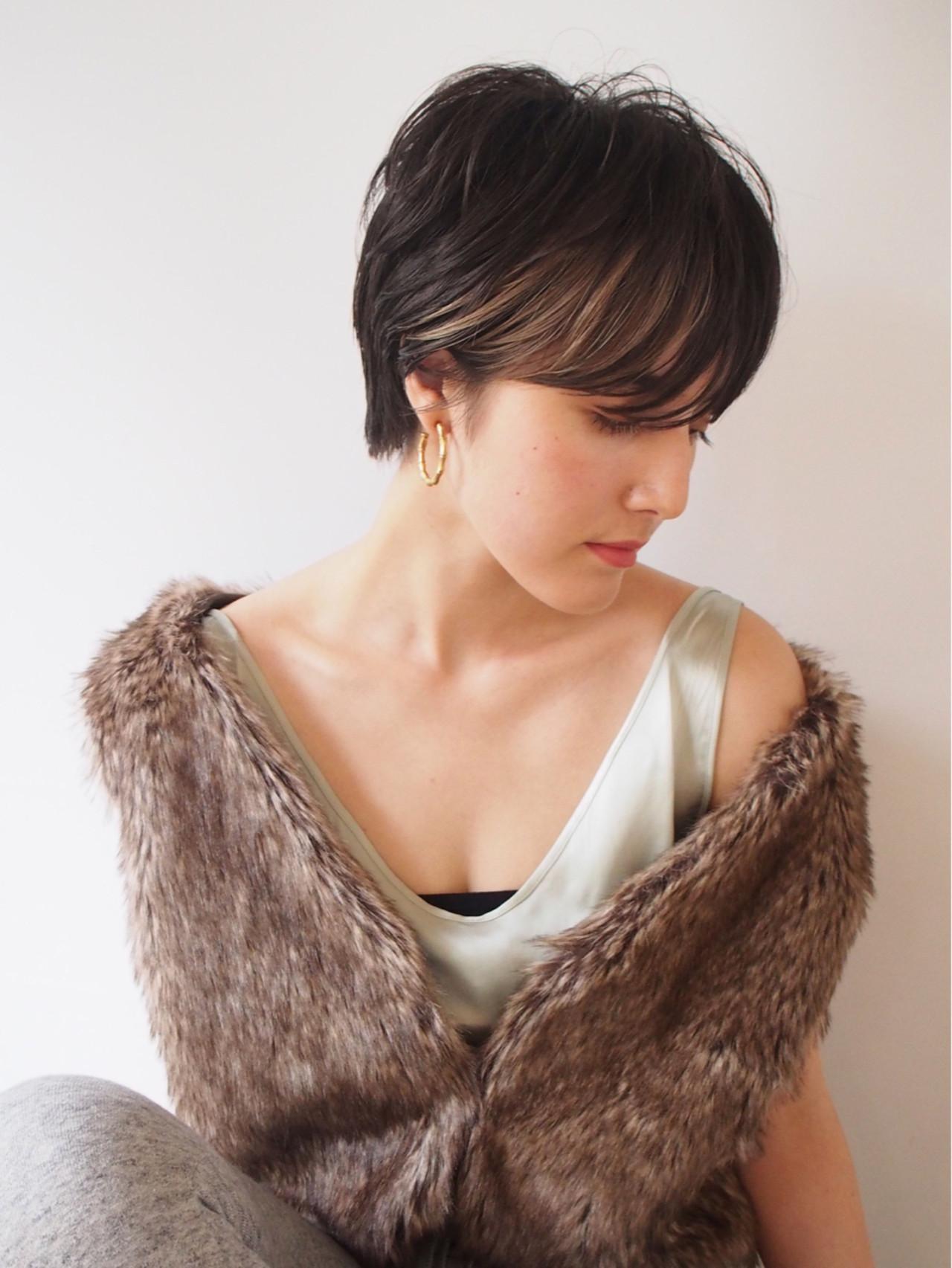 ハンサム 暗髪 抜け感 アッシュ ヘアスタイルや髪型の写真・画像 | 一色 さおり / LOAVE AOYAMA(ローブ アオヤマ)