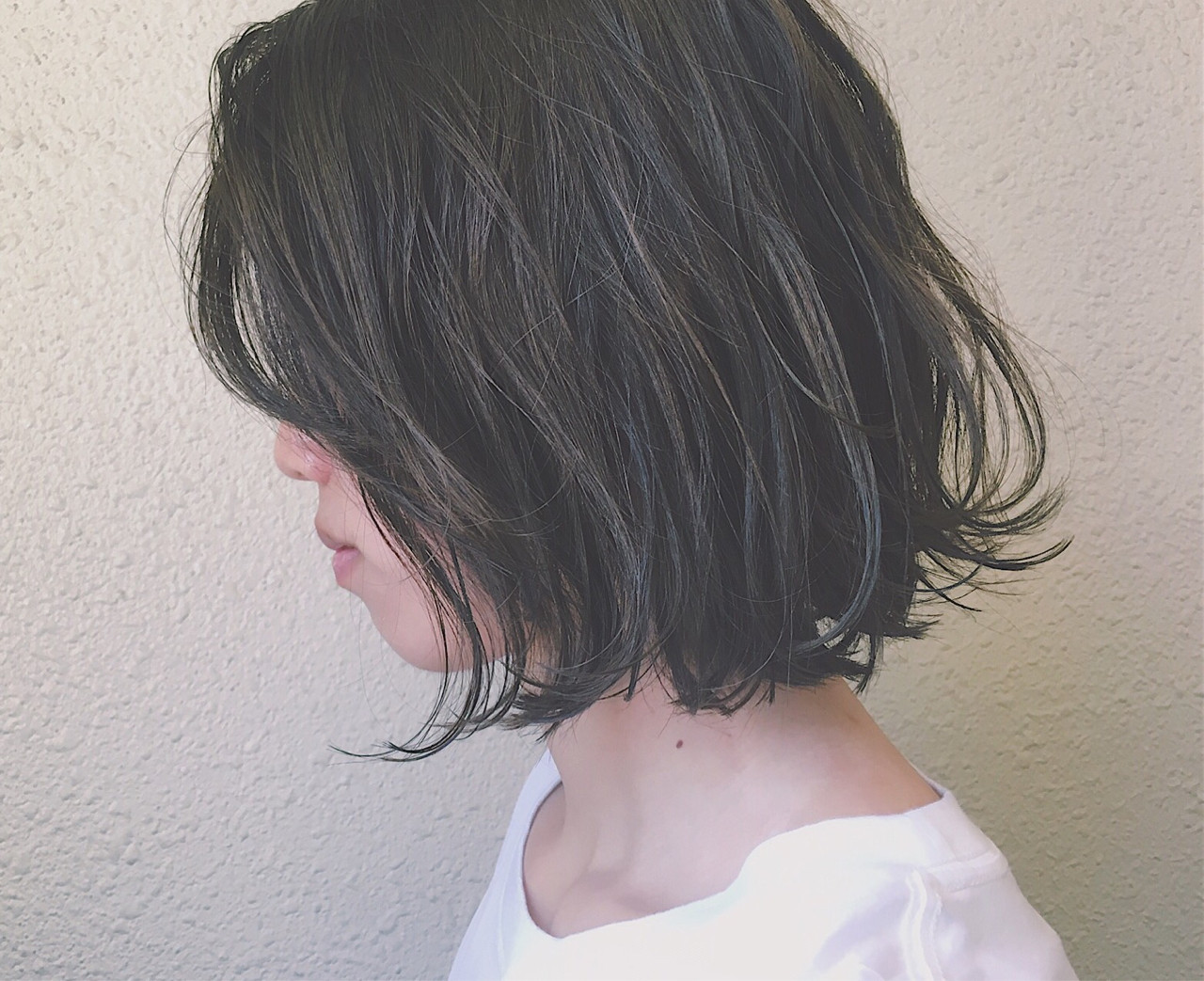 アッシュ 外国人風 暗髪 黒髪 ヘアスタイルや髪型の写真・画像