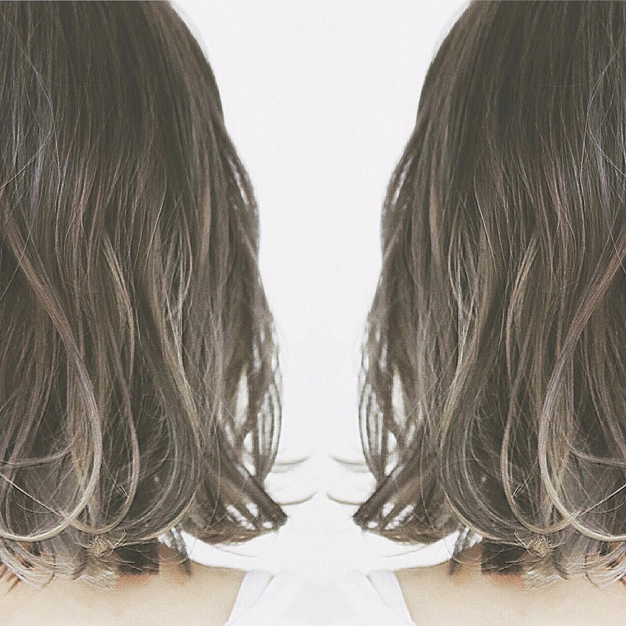バレイヤージュ インナーカラー ボブ ハイライト ヘアスタイルや髪型の写真・画像