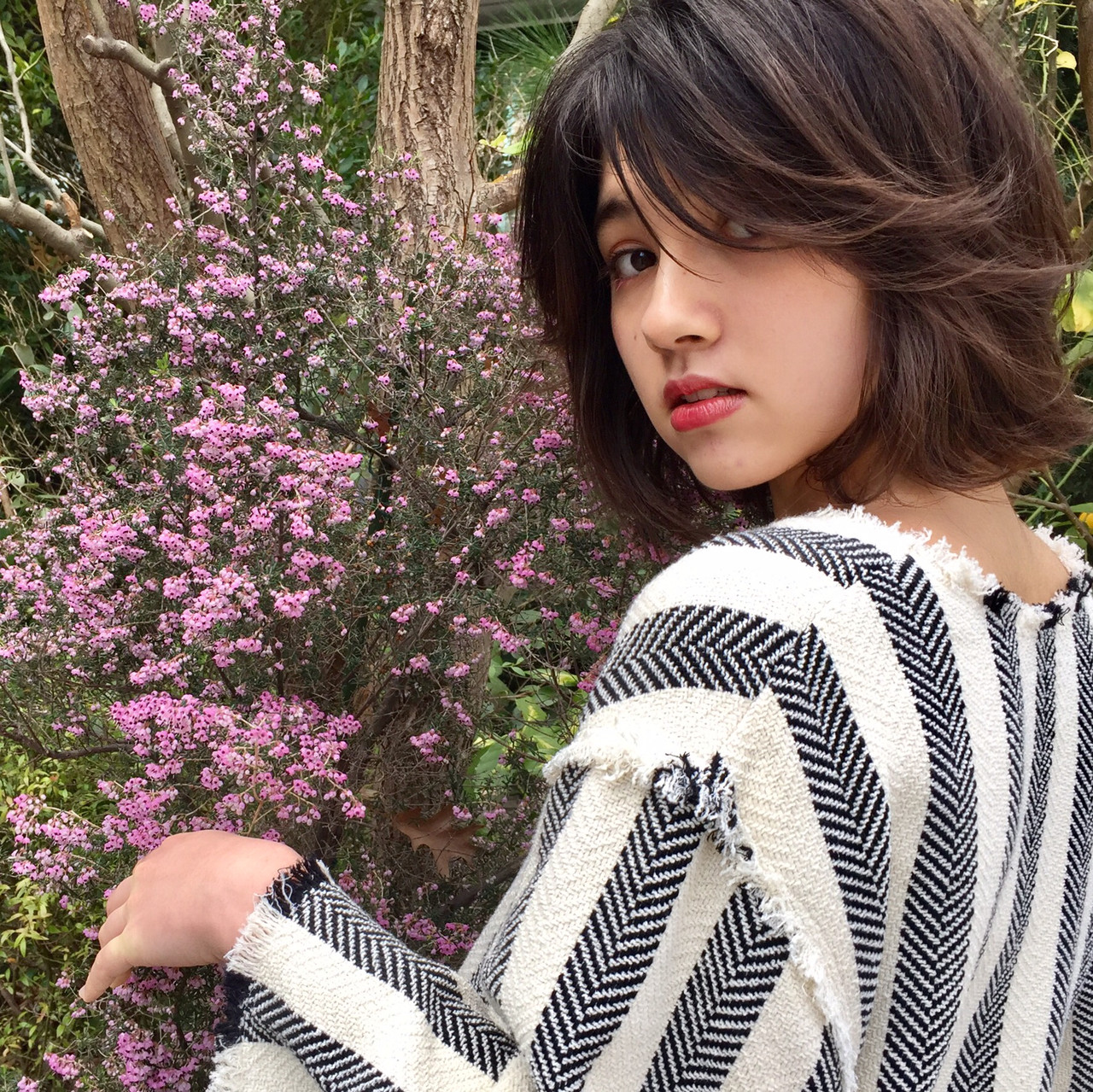 簡単ヘアアレンジ アンニュイほつれヘア オフィス デート ヘアスタイルや髪型の写真・画像 | 成田沙也加 / tricca Daikanyama