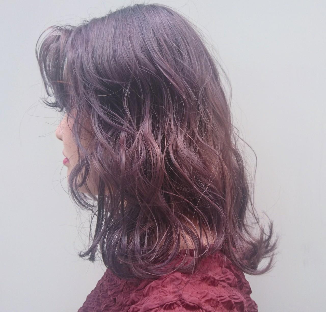 ロング ストリート パープル ブリーチ ヘアスタイルや髪型の写真・画像