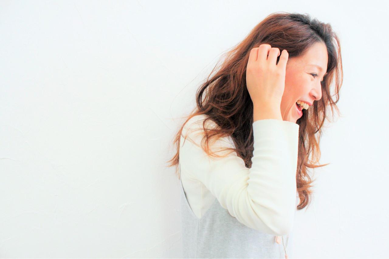 ブラウンベージュ 大人女子 ロング 40代 ヘアスタイルや髪型の写真・画像