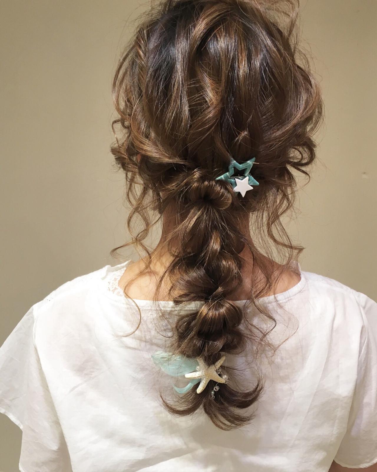 パーティ 結婚式 ロング ナチュラル ヘアスタイルや髪型の写真・画像
