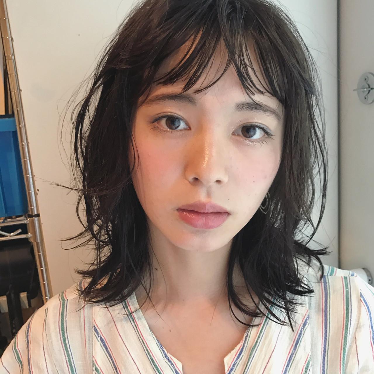 抜け感 外国人風 前髪あり オン眉 ヘアスタイルや髪型の写真・画像