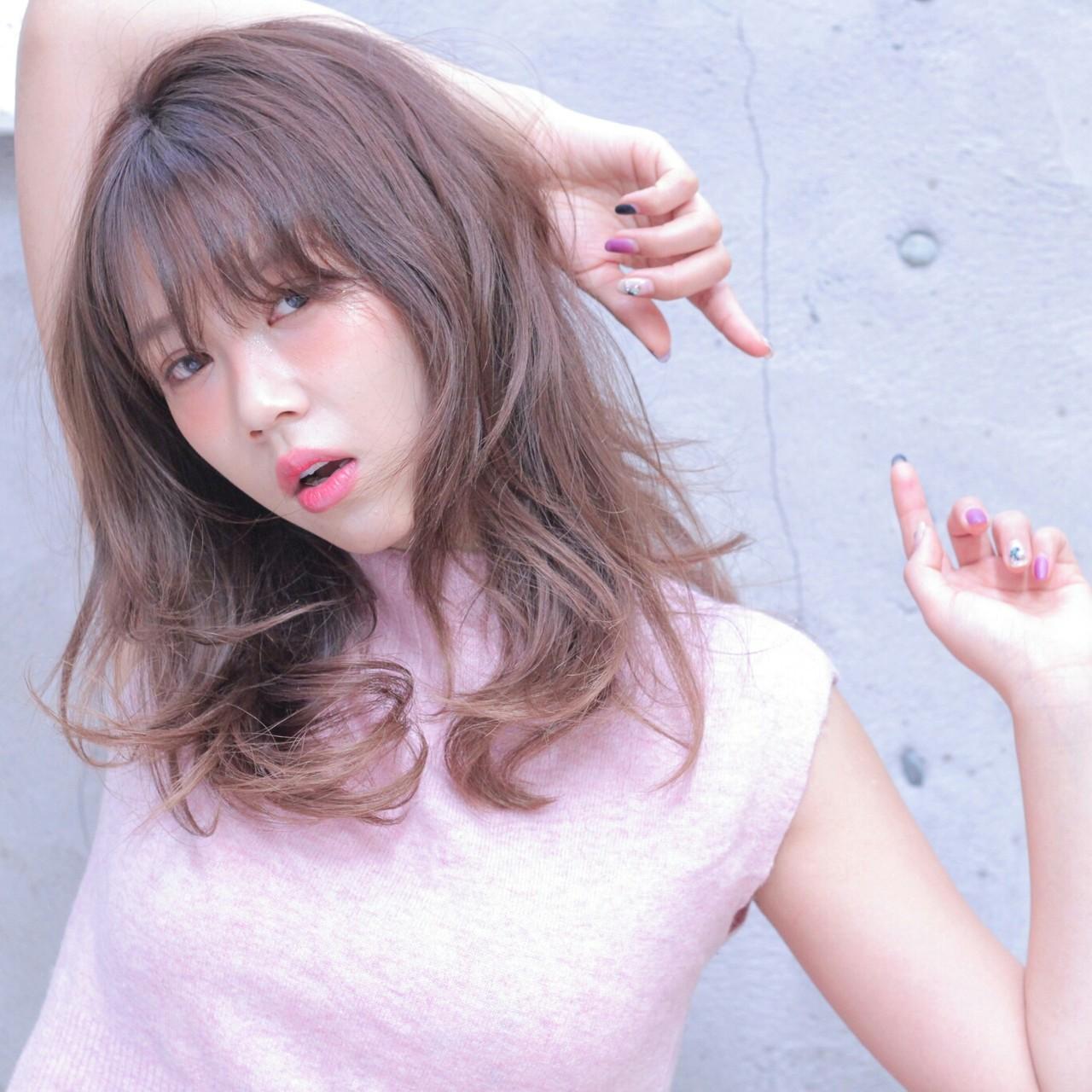 ゆるふわ レッド パーマ レイヤーカット ヘアスタイルや髪型の写真・画像