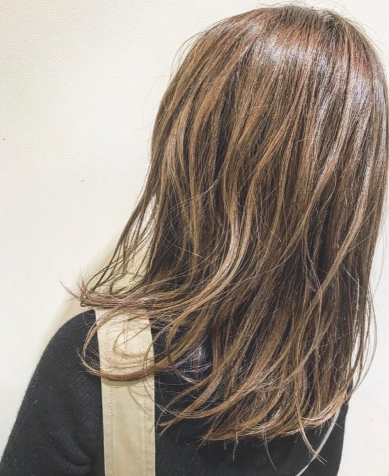 ハイライト 金髪 アッシュ 外国人風カラー ヘアスタイルや髪型の写真・画像
