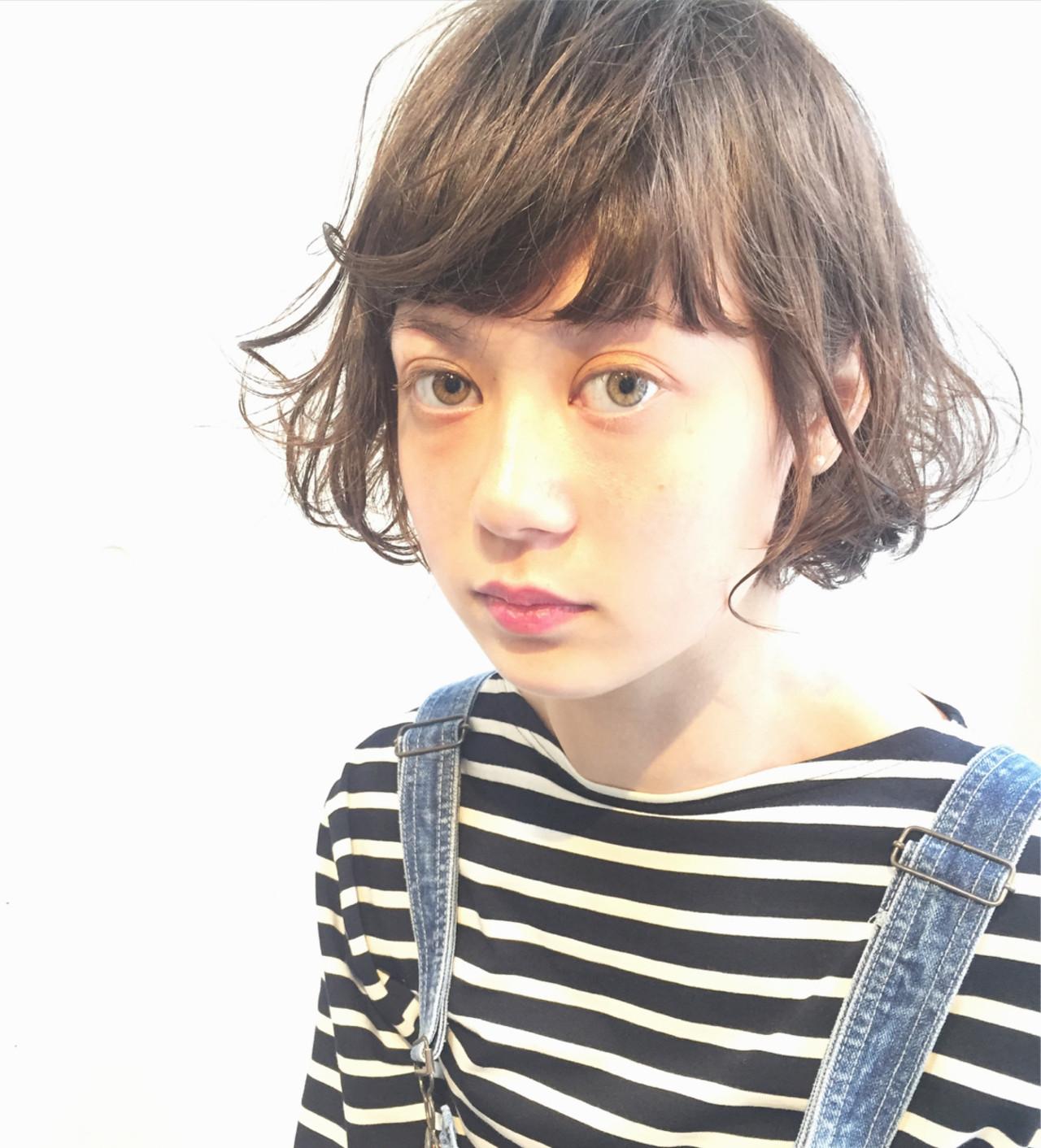 モード ピュア アッシュ 前髪あり ヘアスタイルや髪型の写真・画像