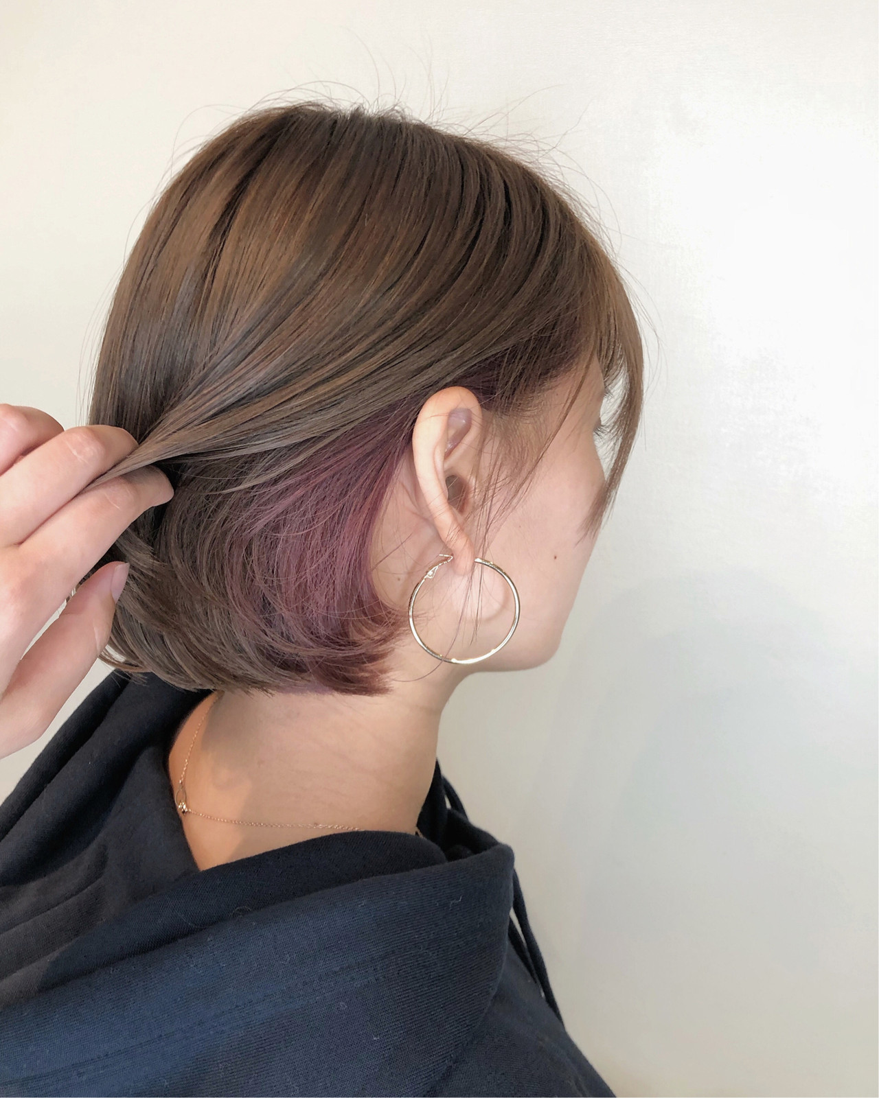 インナーカラー ピンクラベンダー イルミナカラー ナチュラル ヘアスタイルや髪型の写真・画像