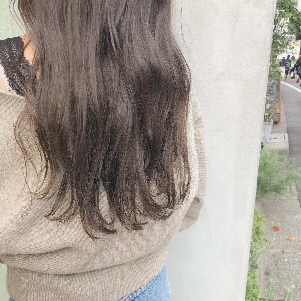 大人かわいい ウェーブ オフィス ガーリー ヘアスタイルや髪型の写真・画像 | 中島 潮里 / whyte / whyte