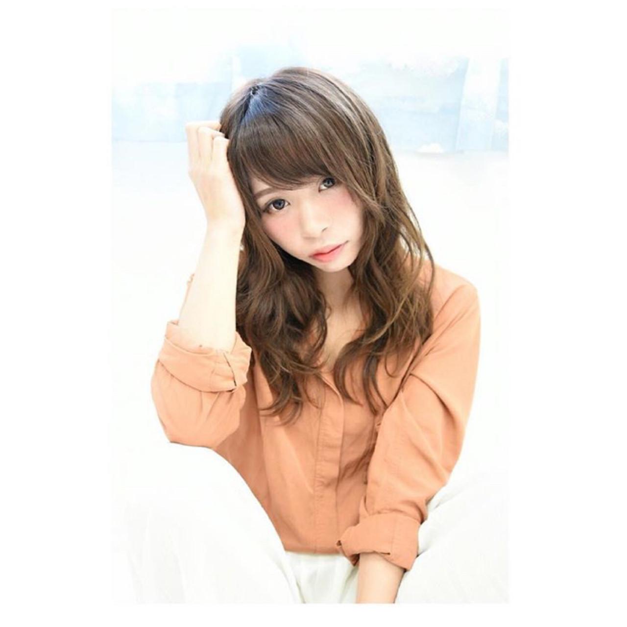 透明感 抜け感 セミロング 小顔 ヘアスタイルや髪型の写真・画像 | erica /