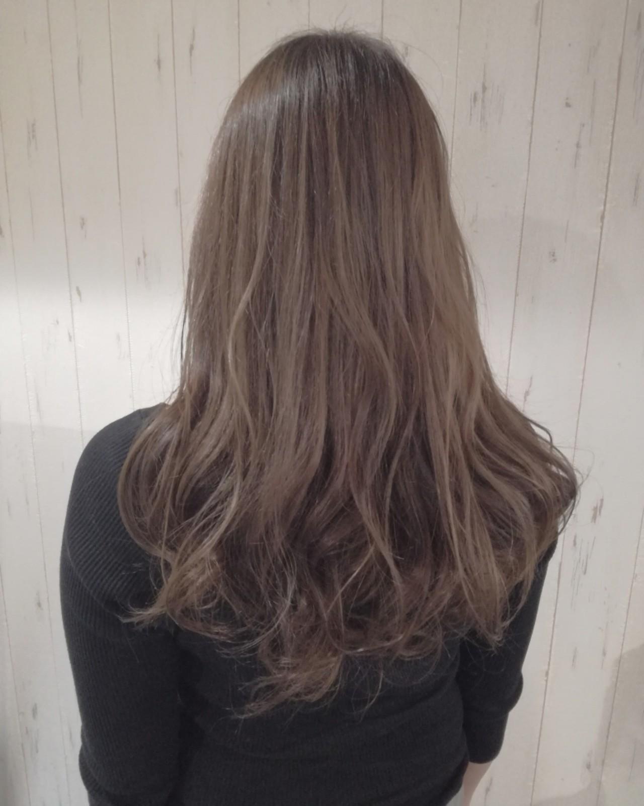 ロング 透明感 フェミニン ベージュ ヘアスタイルや髪型の写真・画像 | 西川 敏夫 / Any