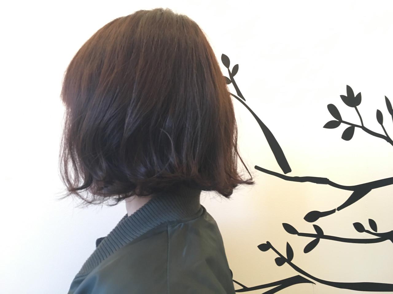 ボブ パーマ ガーリー 切りっぱなし ヘアスタイルや髪型の写真・画像