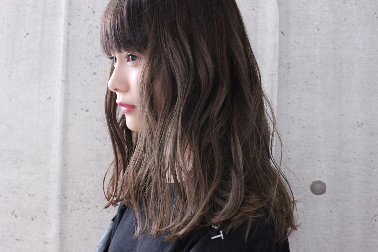 アンニュイほつれヘア ロング 大人かわいい ナチュラル ヘアスタイルや髪型の写真・画像
