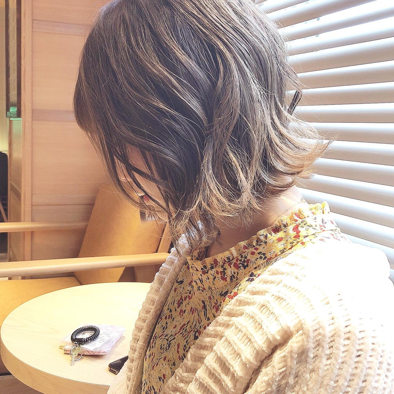 アンニュイほつれヘア デート 大人かわいい 切りっぱなし ヘアスタイルや髪型の写真・画像 | 『ボブ美容師』永田邦彦 表参道 / send by HAIR