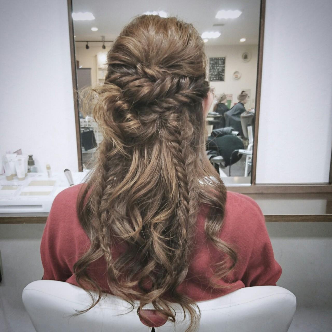 ロング ヘアアレンジ ハーフアップ フィッシュボーン ヘアスタイルや髪型の写真・画像
