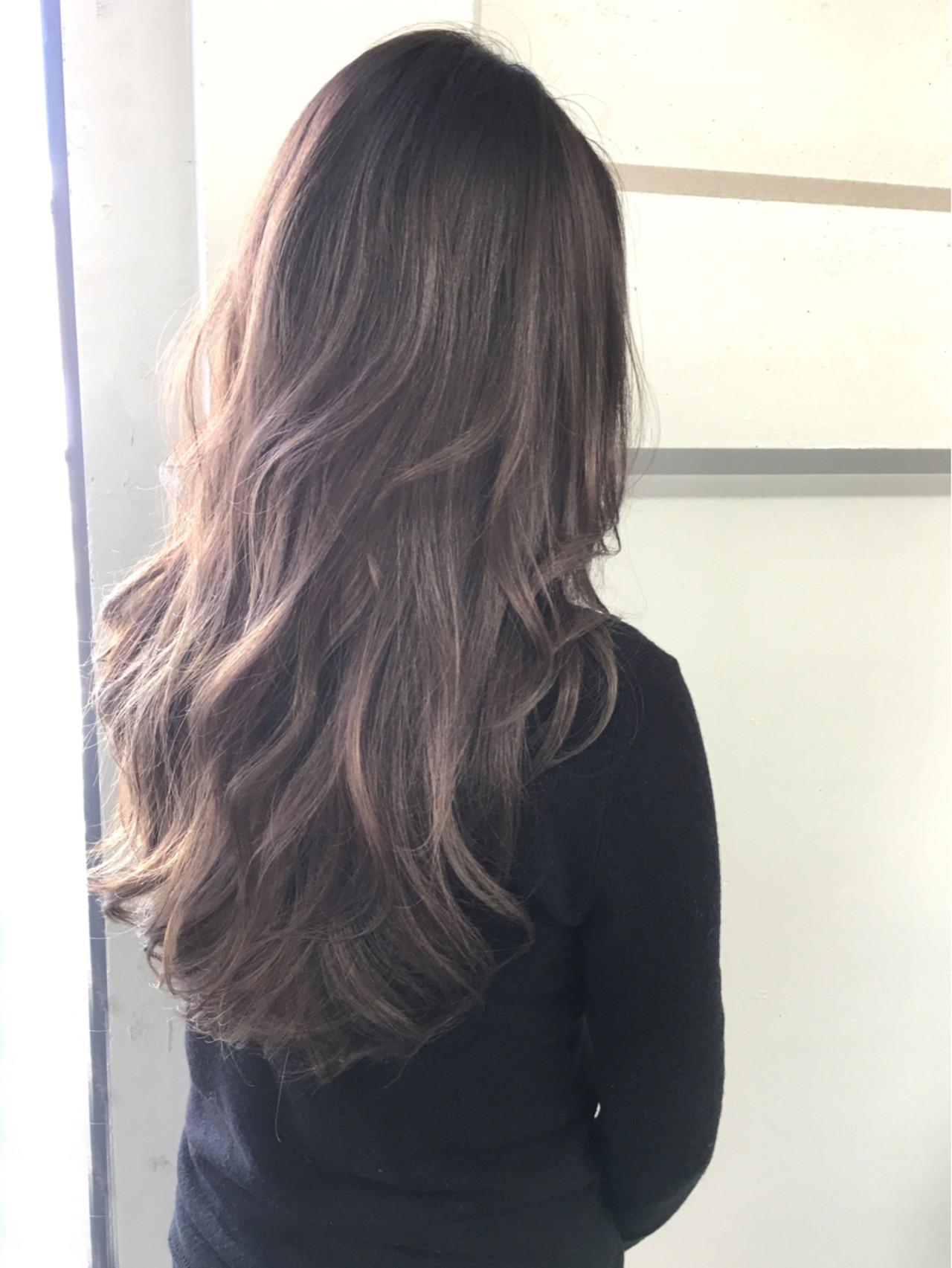 アッシュ ロング ゆるふわ ストリート ヘアスタイルや髪型の写真・画像   清水 孝純 / Rose