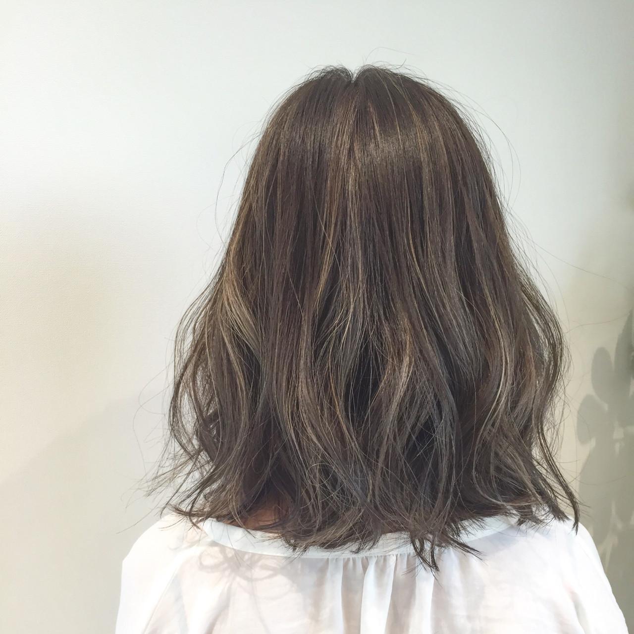 ハイライト ナチュラル 切りっぱなし ボブ ヘアスタイルや髪型の写真・画像 | Wataru Kitazawa / hair&nail IVY