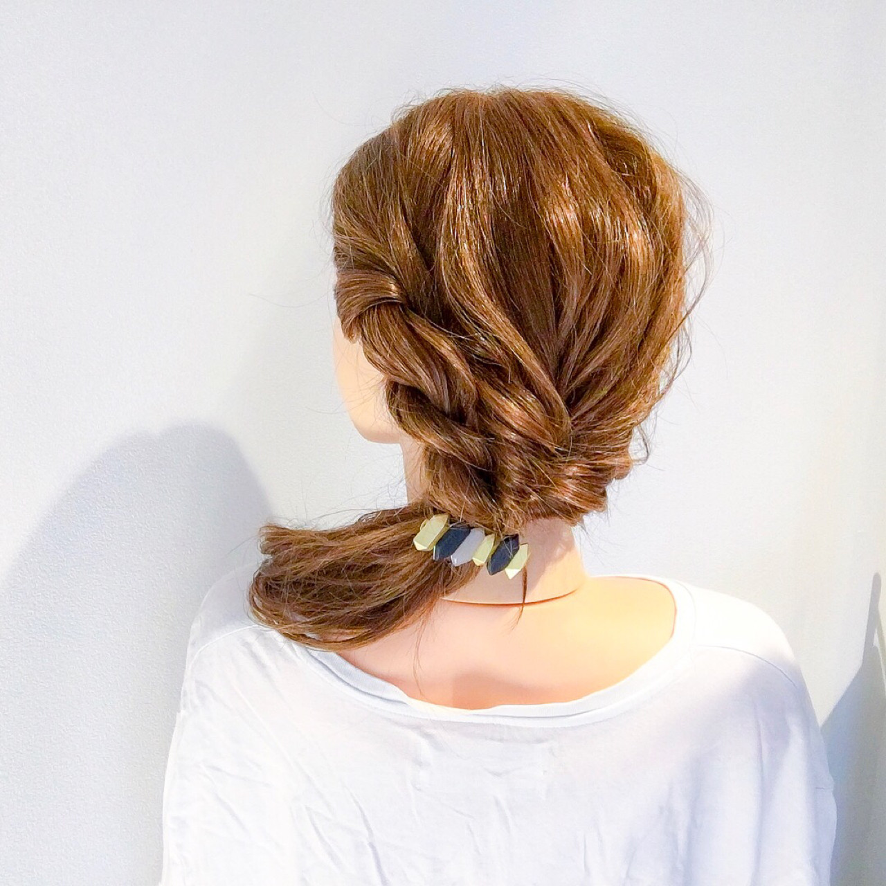 ショート 簡単ヘアアレンジ 上品 エレガント ヘアスタイルや髪型の写真・画像 | 美容師HIRO/Amoute代表 / Amoute/アムティ