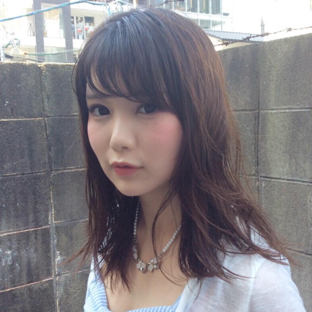 ナチュラル パーマ 前髪あり フェミニン ヘアスタイルや髪型の写真・画像 | アビル 裕貴 / ノーネームヘアー