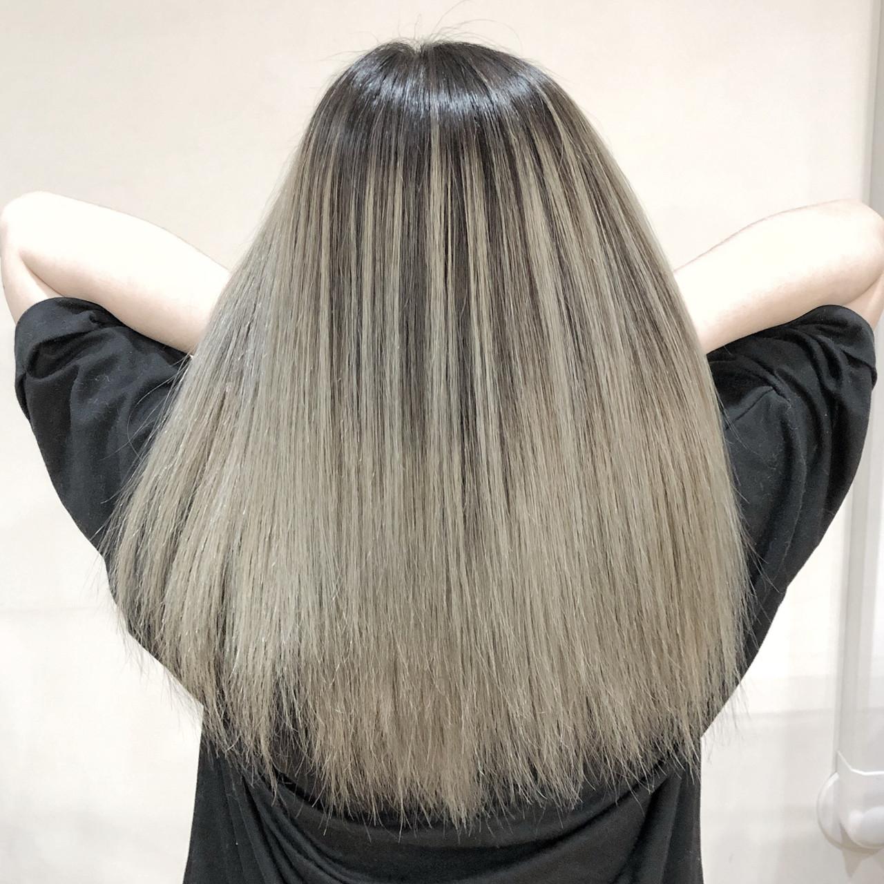 外国人風カラー バレイヤージュ ホワイトブリーチ セミロング ヘアスタイルや髪型の写真・画像