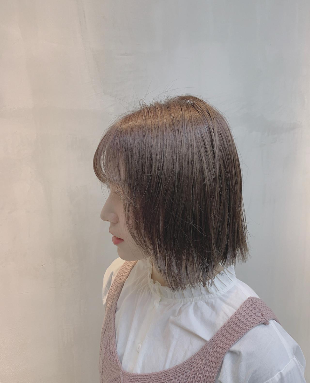 外国人風カラー ミルクベージュ グレージュ ナチュラル ヘアスタイルや髪型の写真・画像