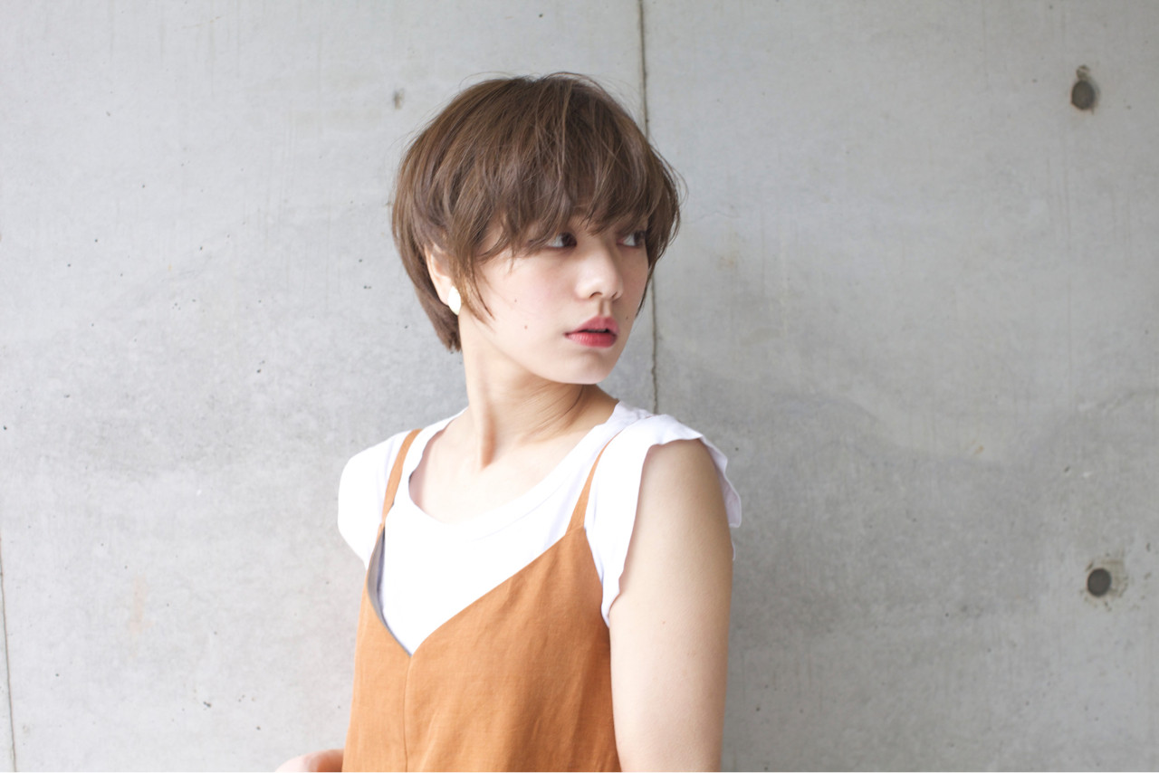 マッシュ ウルフカット アッシュ ショート ヘアスタイルや髪型の写真・画像