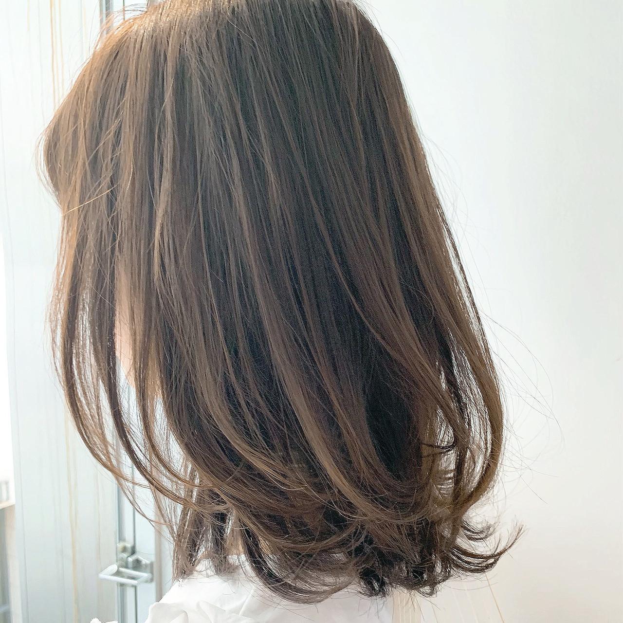 レイヤーカット ロブ ナチュラル ミディアム ヘアスタイルや髪型の写真・画像 | LIPPS銀座 安田愛佳 / LIPPS 銀座