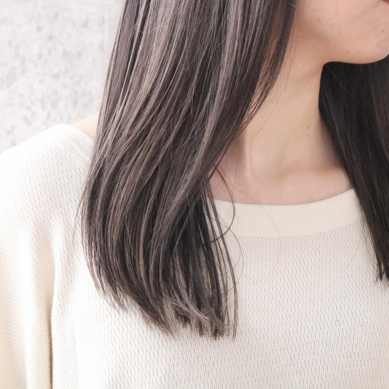 外国人風カラー ツヤ髪 ナチュラル ロング ヘアスタイルや髪型の写真・画像   中村明俊 / AUBE hair