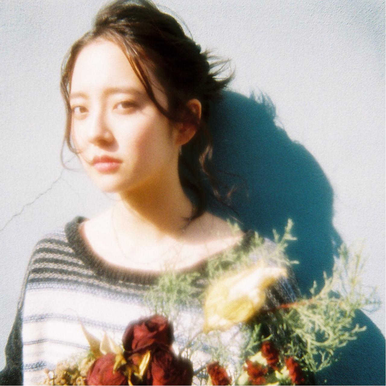 ショート ミディアム ヘアアレンジ フェミニン ヘアスタイルや髪型の写真・画像 | katsutoshi nambu / MAGNOLiA