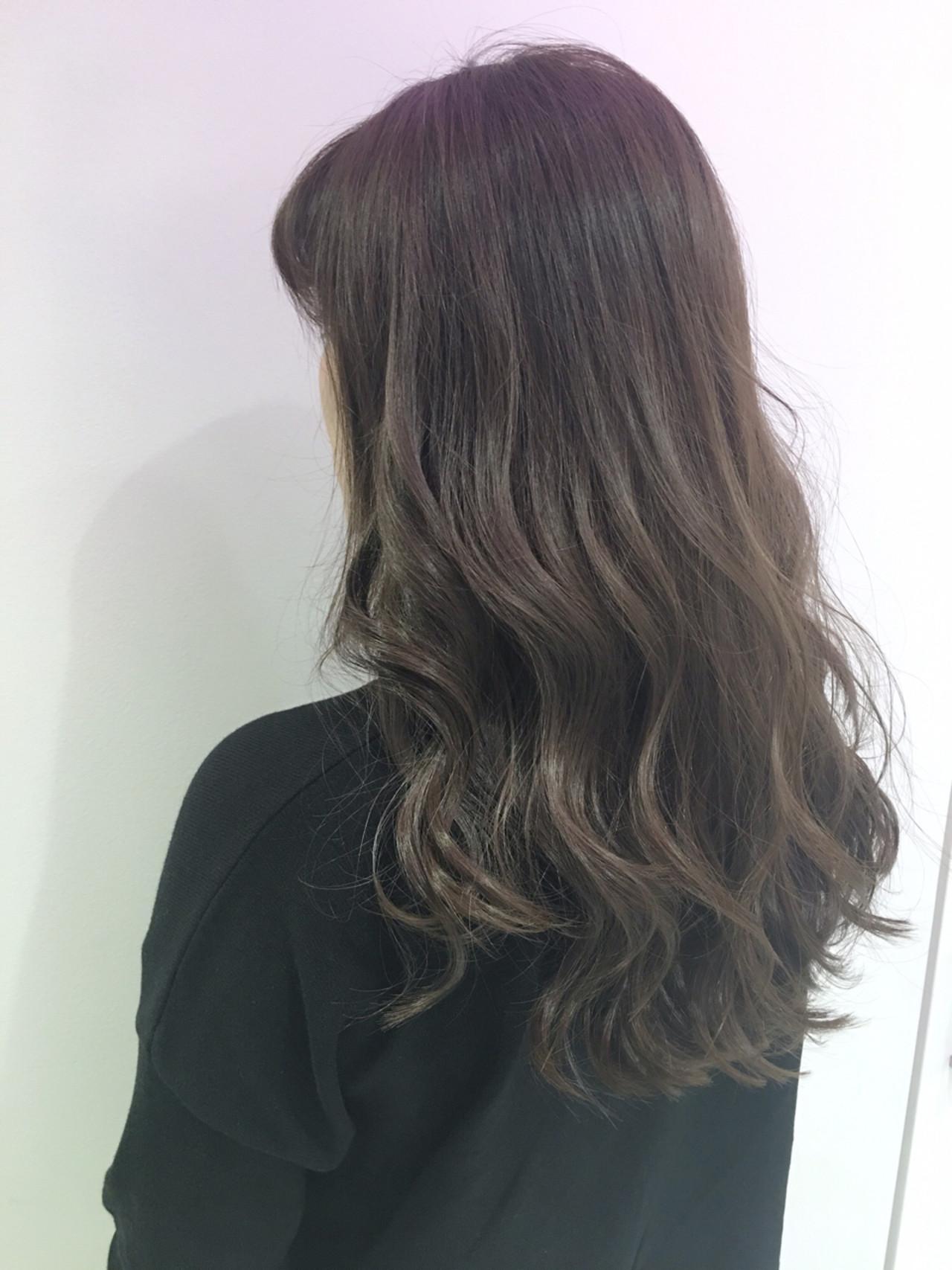 外国人風 ゆるふわ グラデーションカラー アッシュ ヘアスタイルや髪型の写真・画像 | 北村 亮 / LAiLY by GARDEN