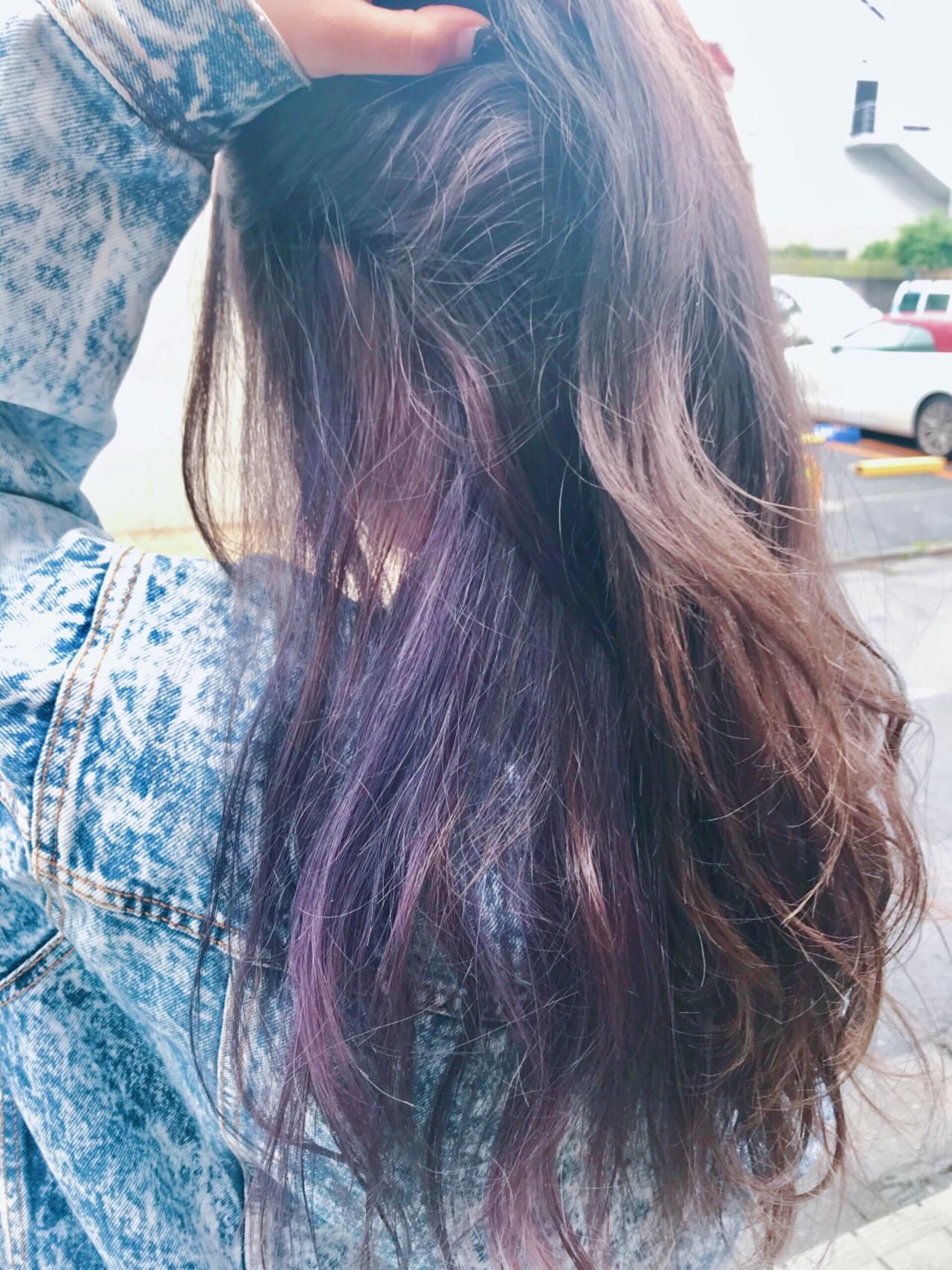 インナーカラー パープル ロング ナチュラル ヘアスタイルや髪型の写真・画像 | 高橋ジロウ / ROENA 原宿.表参道 / ROENA