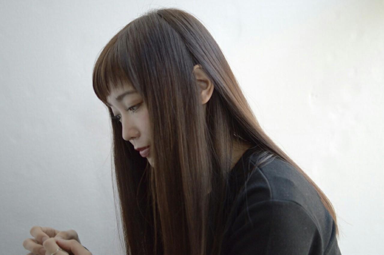 ブラウン ナチュラル ストレート 暗髪 ヘアスタイルや髪型の写真・画像