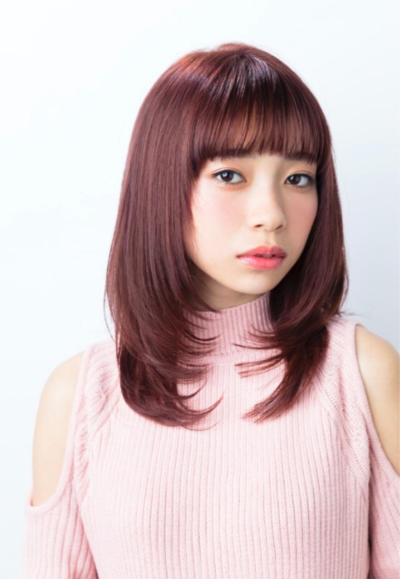 春 フェミニン 内巻き ピンク ヘアスタイルや髪型の写真・画像
