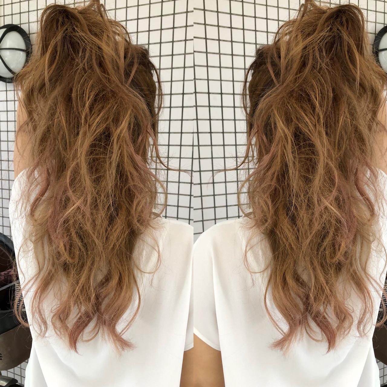 デート ガーリー バレイヤージュ 西海岸風 ヘアスタイルや髪型の写真・画像