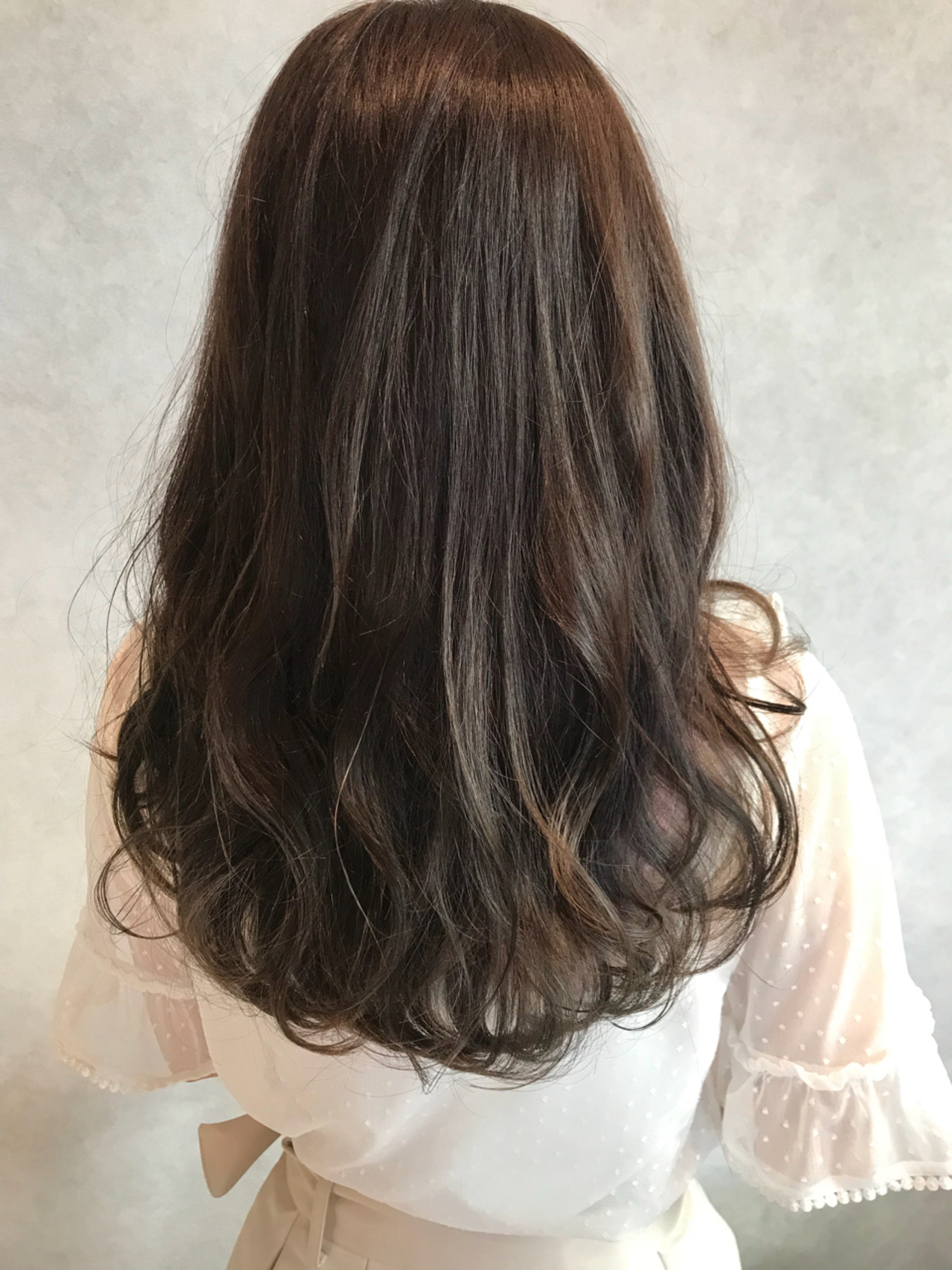 デート ヘアアレンジ 透明感 グレージュ ヘアスタイルや髪型の写真・画像