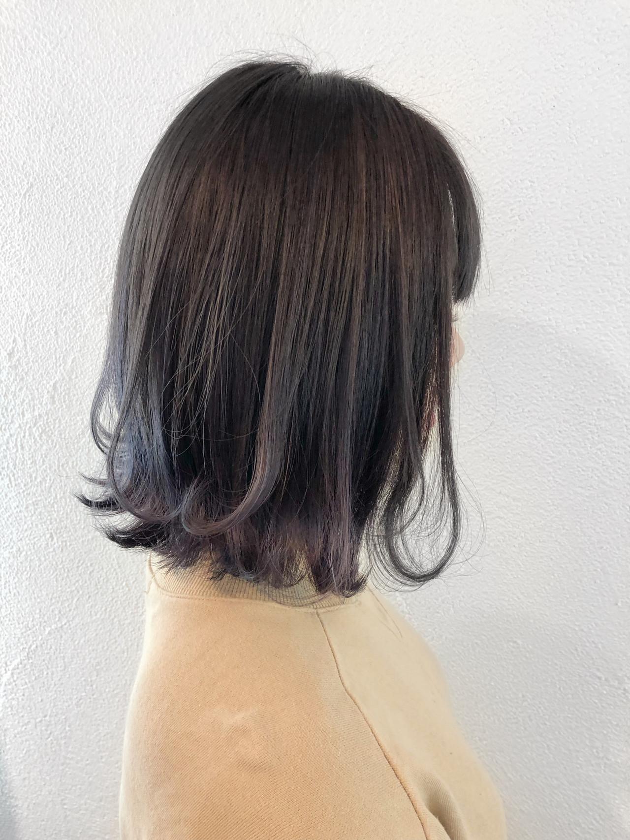 グレージュ グラデーションカラー ボブ フェミニン ヘアスタイルや髪型の写真・画像