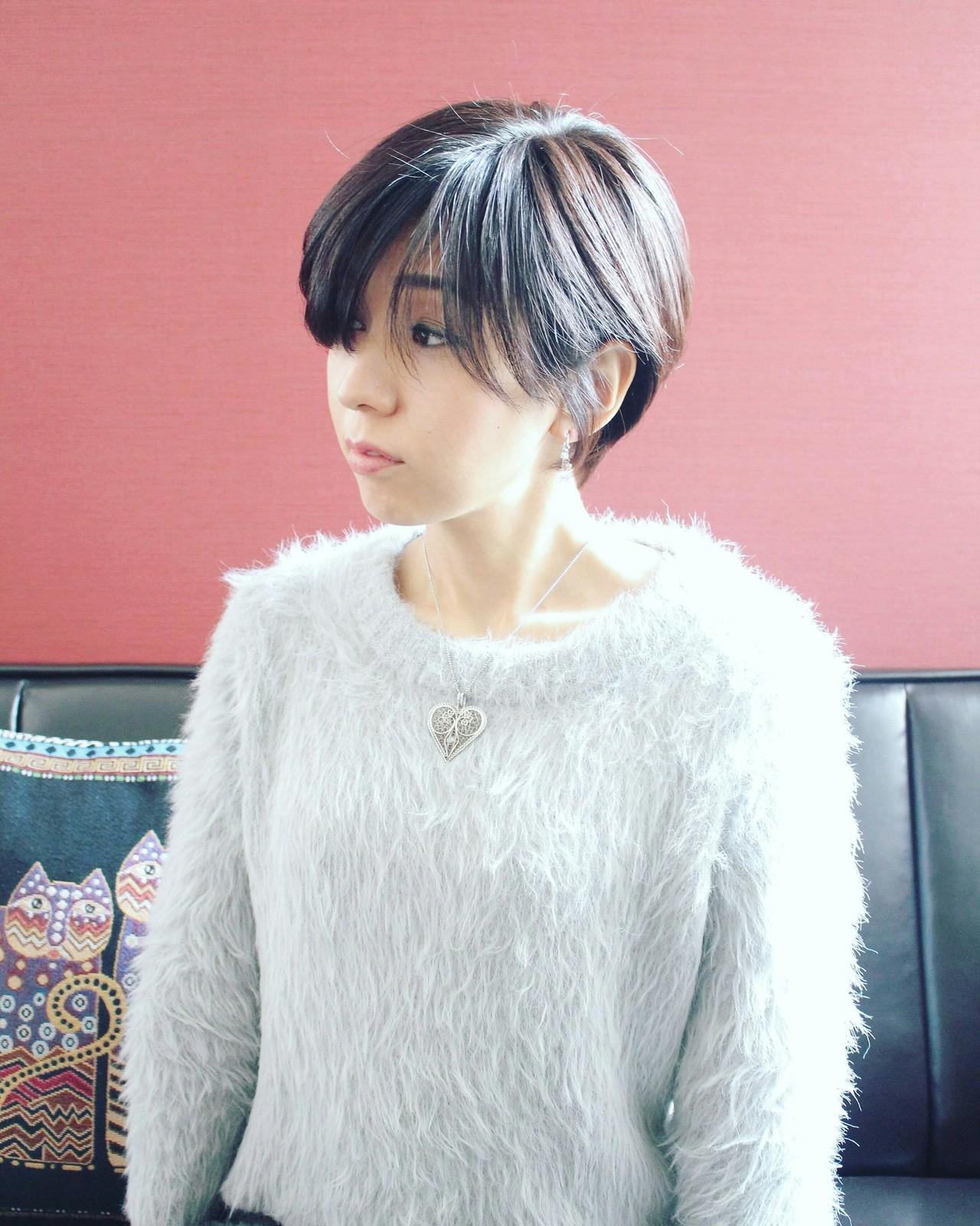 ショート ベリーショート ショートボブ こなれ感 ヘアスタイルや髪型の写真・画像 | Seiichirou Ueda / atelier luretta. Ink blue hair color