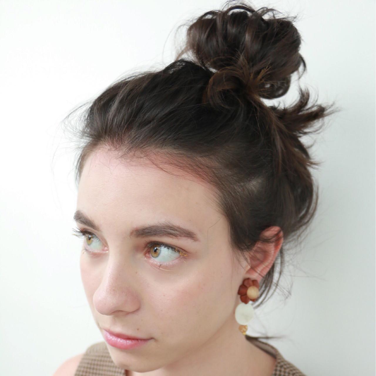 シニヨン ヘアアレンジ お団子 大人かわいい ヘアスタイルや髪型の写真・画像