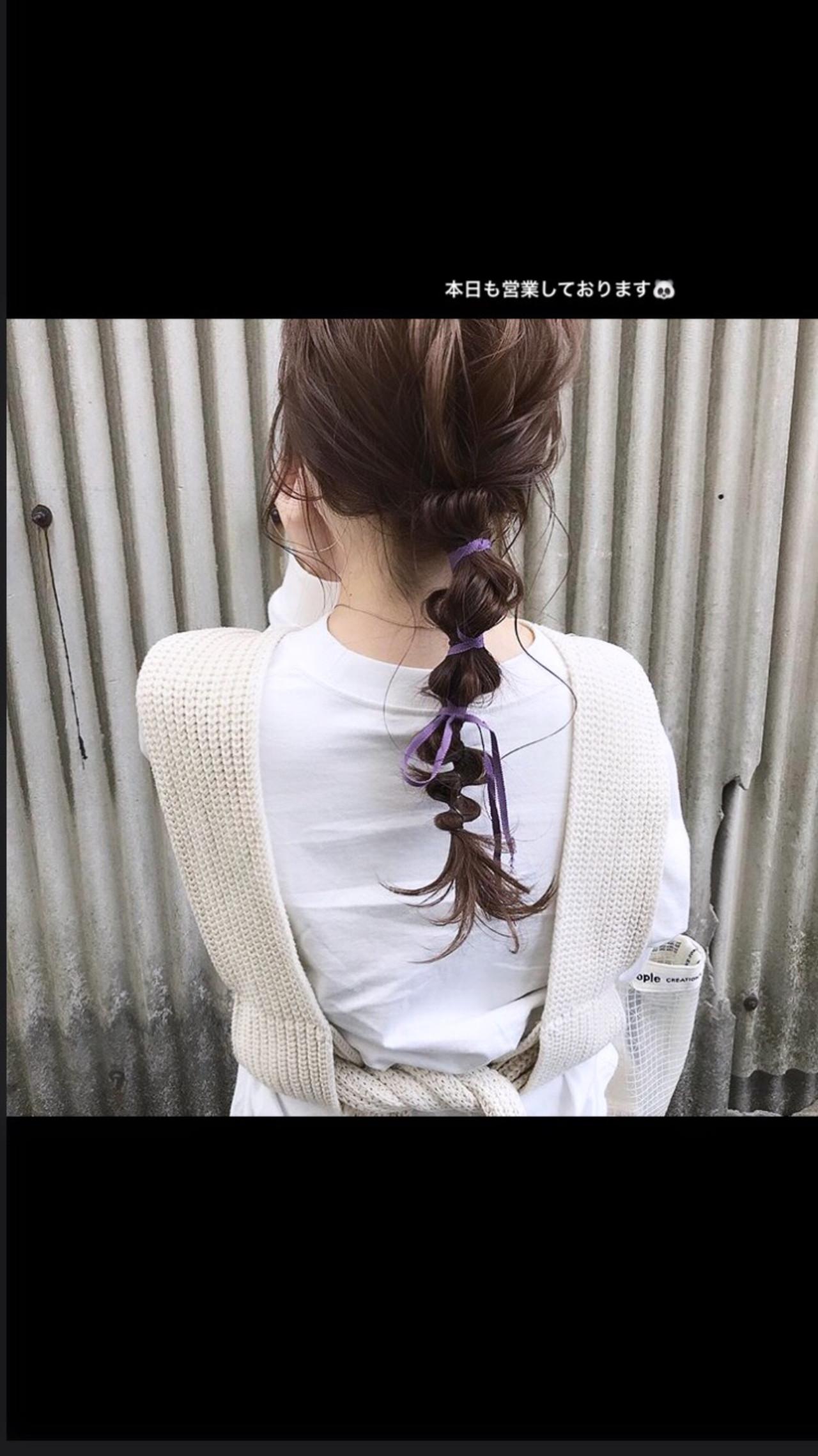 カジュアル お呼ばれヘア 簡単ヘアアレンジ ロング ヘアスタイルや髪型の写真・画像