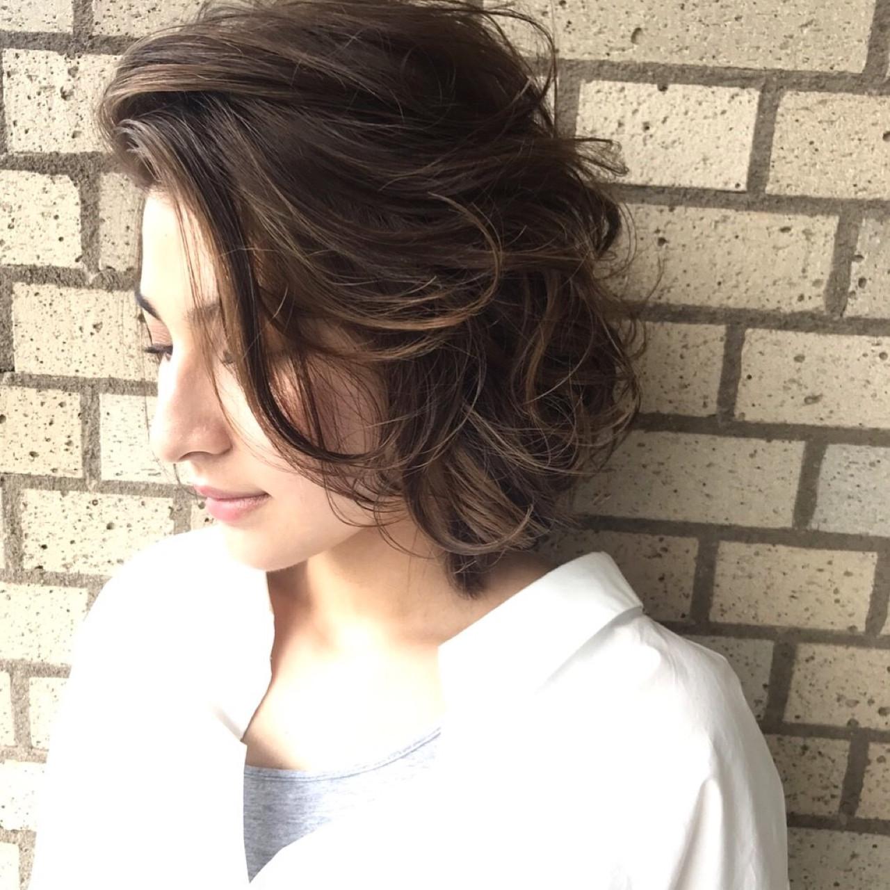 こなれ感 大人女子 センターパート 小顔 ヘアスタイルや髪型の写真・画像   吉田直人 / tricca balcony hayama