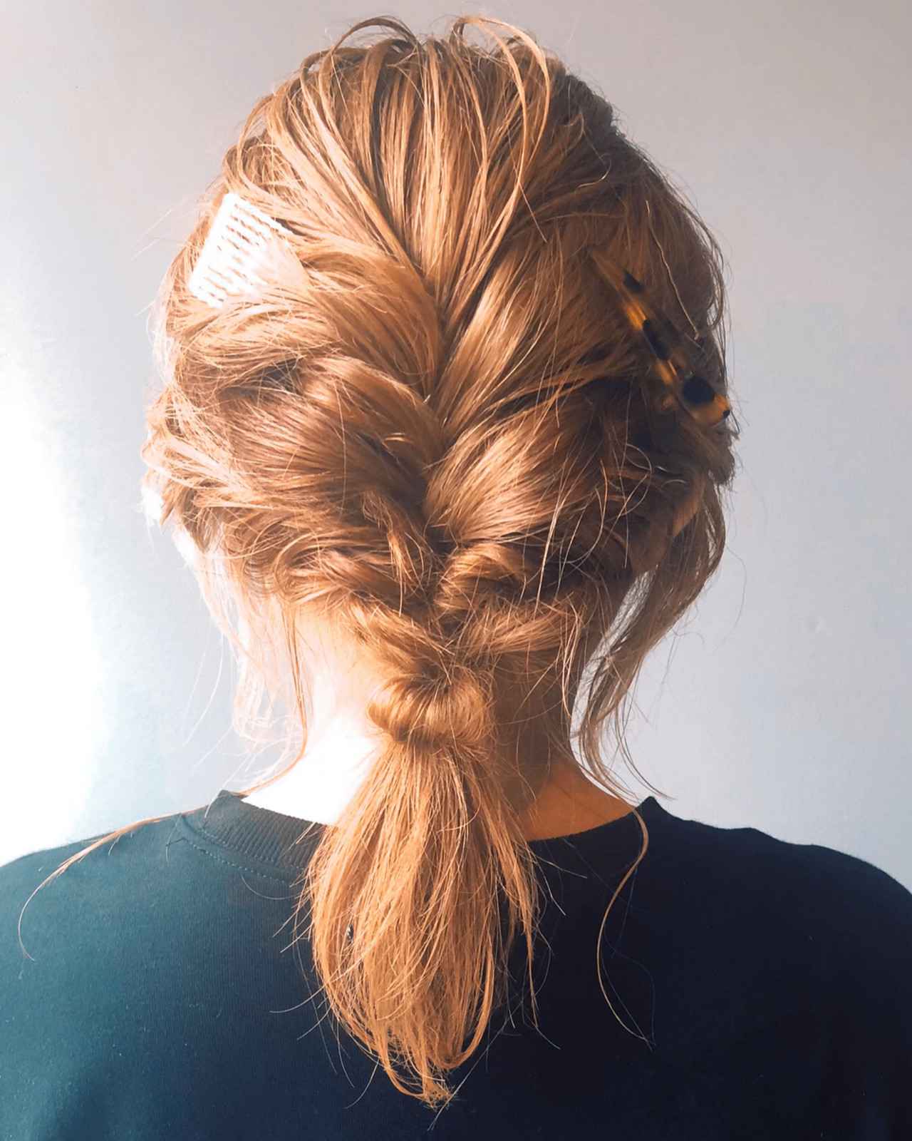 ミディアム 透明感カラー フェミニン 簡単ヘアアレンジ ヘアスタイルや髪型の写真・画像