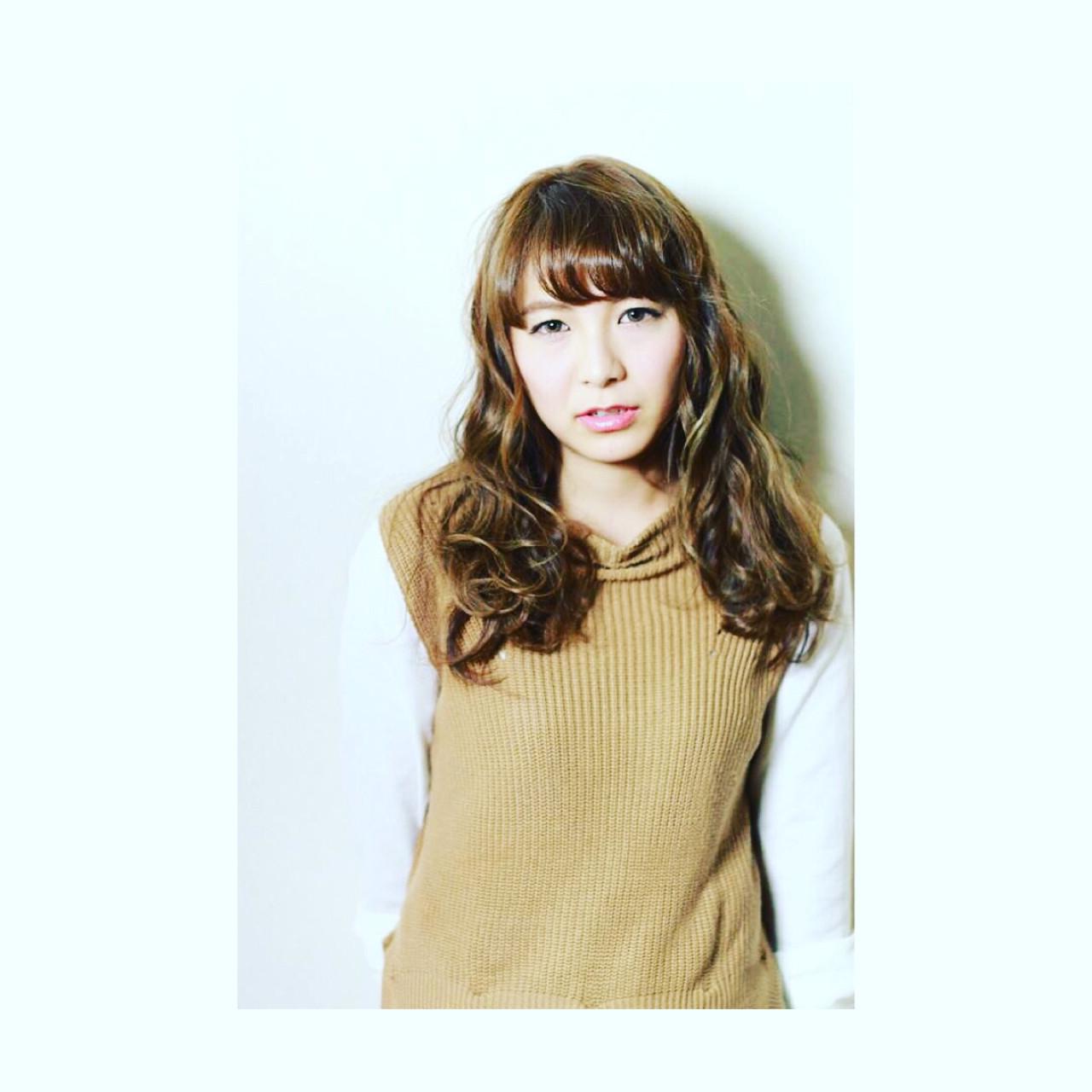 パーマ アッシュ 外国人風 ロング ヘアスタイルや髪型の写真・画像 | 広瀬 丈彰 / JOUeN