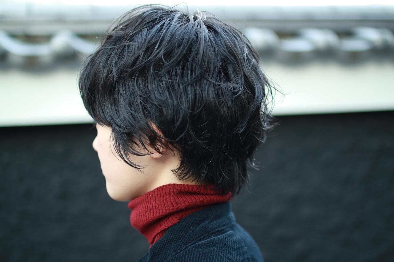 ナチュラル アウトドア ショート 黒髪 ヘアスタイルや髪型の写真・画像