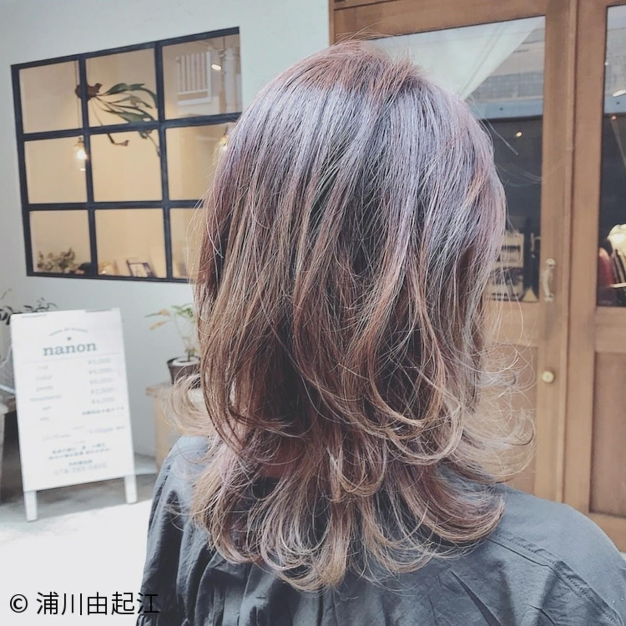 大人かわいい ハイライト ゆるふわ フェミニン ヘアスタイルや髪型の写真・画像