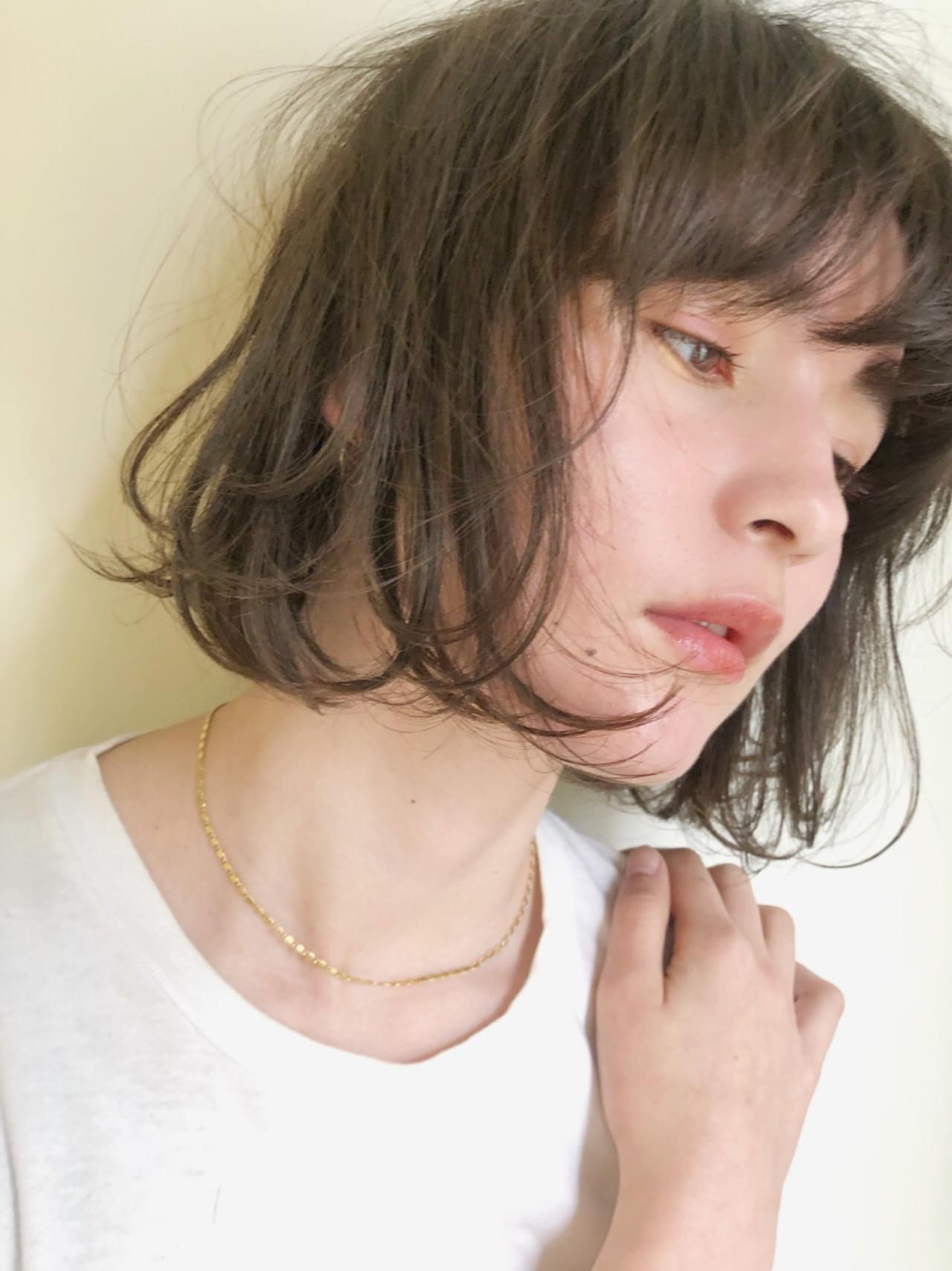 アンニュイほつれヘア ヘアアレンジ アウトドア ゆるふわ ヘアスタイルや髪型の写真・画像