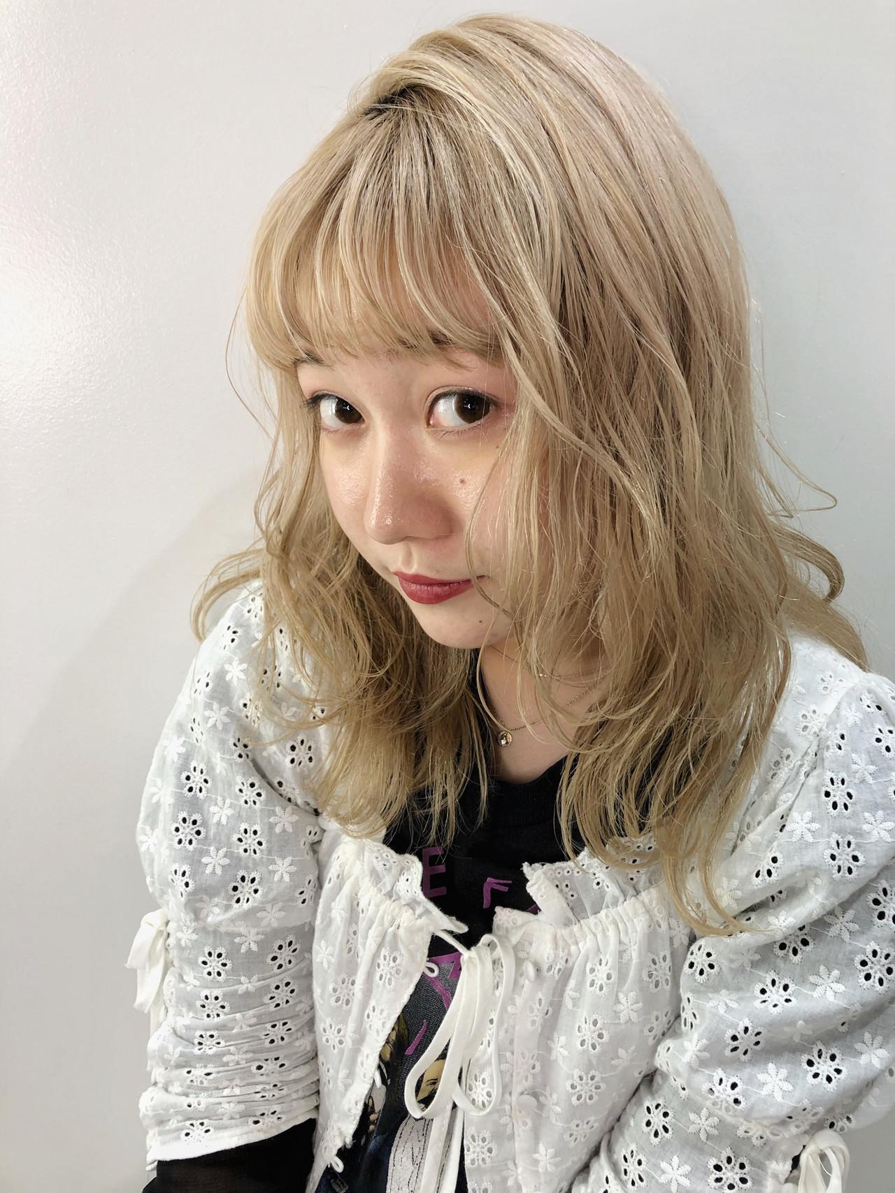 ホワイトベージュ ミルクティーベージュ ゆるふわセット アンニュイほつれヘア ヘアスタイルや髪型の写真・画像